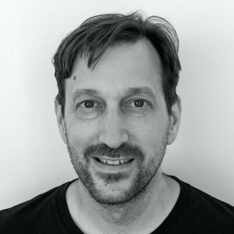 Simon Stewart